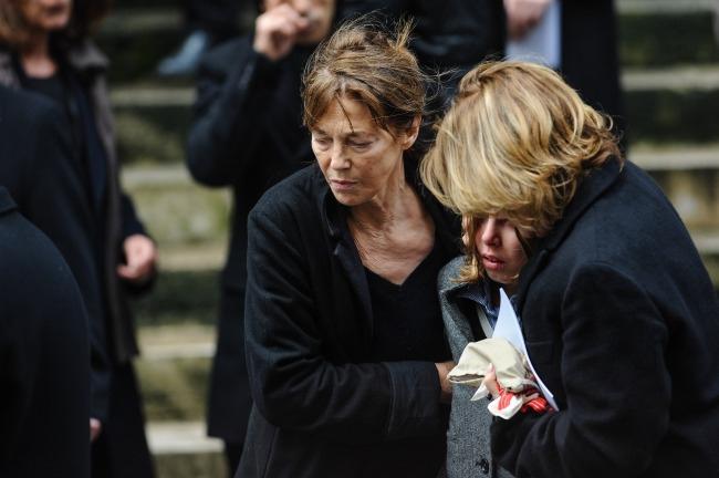 наверх можно джейн биркин похороны дочери также учитывать