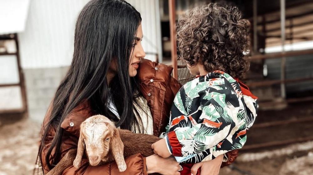 Ανδρέα Κυριακού.  Επεξεργάστηκε την εμφάνιση των νέων μαλλιών του γιου της Λαμπρίνου [εικόνες]