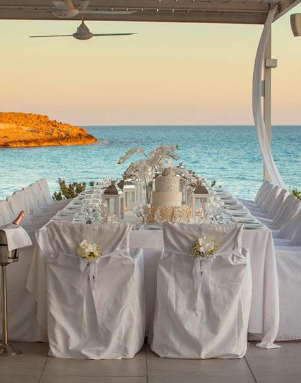 04c02832b653 Ο τέλειος γάμος θέλει αγάπη και θάλασσα!